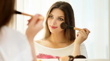 2d274907945539-apply-makeup-today-150306_1cd7d2085af51a98cc3d95c94f984ace